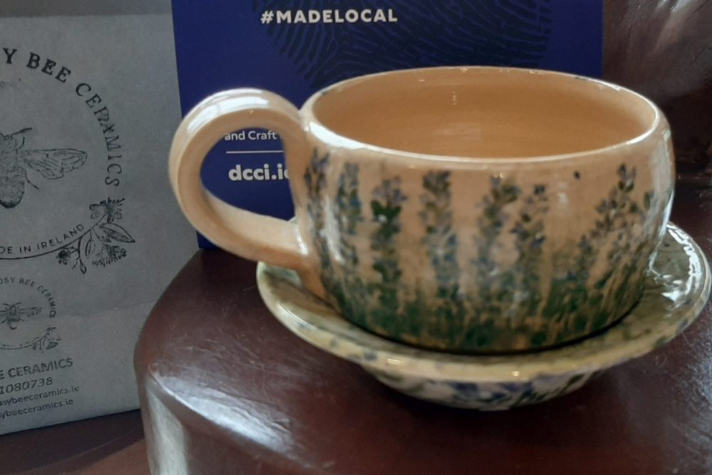 Busy Bee Ceramics - The Bugle range mug - websize